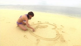 Ikuumi Hisamatsu frolicking on the beach168