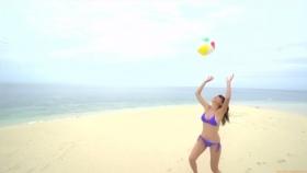 Ikuumi Hisamatsu frolicking on the beach184