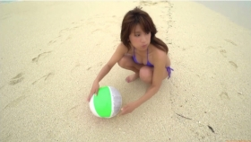 Ikuumi Hisamatsu frolicking on the beach204