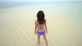 Ikuumi Hisamatsu frolicking on the beach209