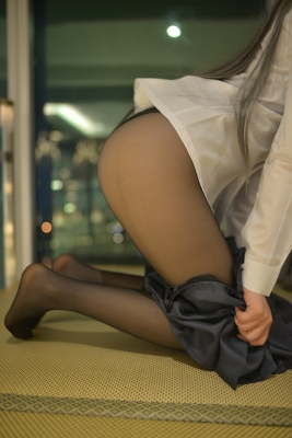 Mai Sakurajima Uniform Bunny Girl Youthful P ig Bastard Doesnt See Bunny Girl Senpais Dream019