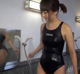 Shoko Hamada tight black swimming suit image shower bath arena arena019