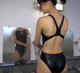 Shoko Hamada tight black swimming suit image shower bath arena arena018