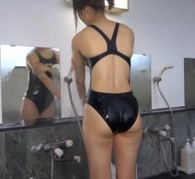 Shoko Hamada tight black swimming suit image shower bath arena arena016