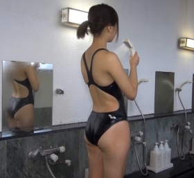Shoko Hamada tight black swimming suit image shower bath arena arena007