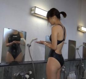 Shoko Hamada tight black swimming suit image shower bath arena arena030