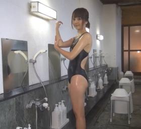 Shoko Hamada tight black swimming suit image shower bath arena arena040