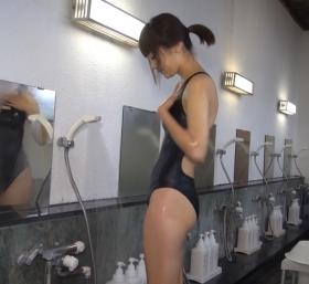 Shoko Hamada tight black swimming suit image shower bath arena arena033