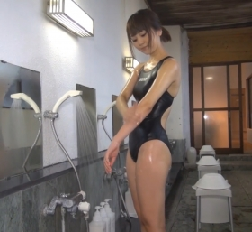 Shoko Hamada tight black swimming suit image shower bath arena arena036