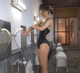 Shoko Hamada tight black swimming suit image shower bath arena arena039