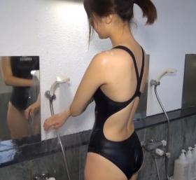 Shoko Hamada tight black swimming suit image shower bath arena arena049