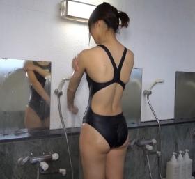 Shoko Hamada tight black swimming suit image shower bath arena arena046