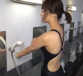Shoko Hamada tight black swimming suit image shower bath arena arena051
