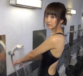 Shoko Hamada tight black swimming suit image shower bath arena arena052