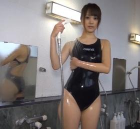 Shoko Hamada tight black swimming suit image shower bath arena arena079