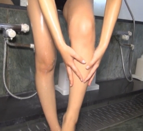 Shoko Hamada tight black swimming suit image shower bath arena arena066