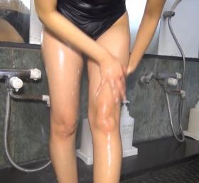 Shoko Hamada tight black swimming suit image shower bath arena arena067