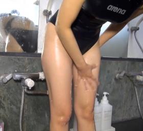 Shoko Hamada tight black swimming suit image shower bath arena arena070
