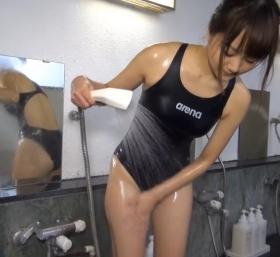 Shoko Hamada tight black swimming suit image shower bath arena arena075