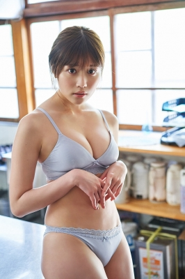 Yuka Kohinata Fluffy face and nice body004