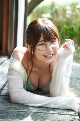 Yuka Kohinata Fluffy face and nice body008
