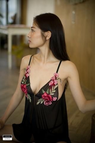 Gsu Floral bikini Black bikini Korean gravure model003