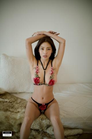 Gsu Floral bikini Black bikini Korean gravure model016