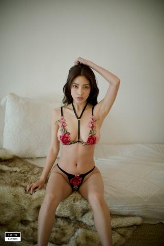 Gsu Floral bikini Black bikini Korean gravure model015