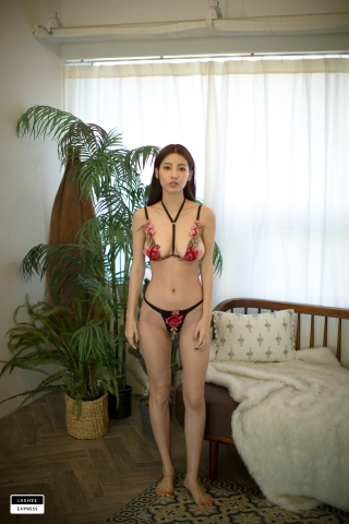 Gsu Floral bikini Black bikini Korean gravure model007