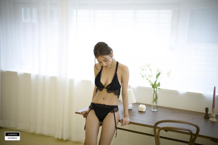 Gsu Floral bikini Black bikini Korean gravure model031