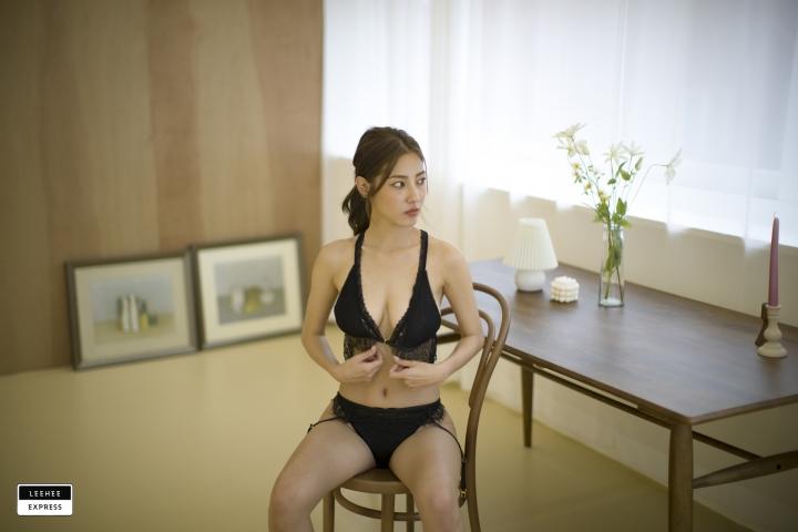 Gsu Floral bikini Black bikini Korean gravure model036