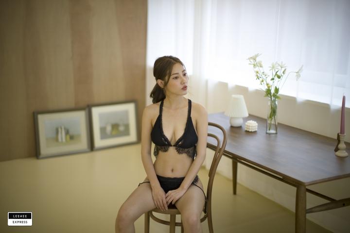 Gsu Floral bikini Black bikini Korean gravure model037