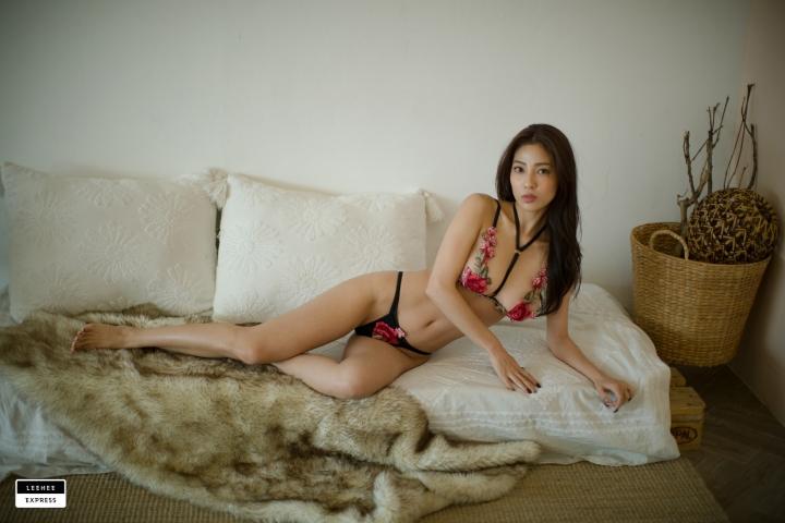 Gsu Floral bikini Black bikini Korean gravure model027