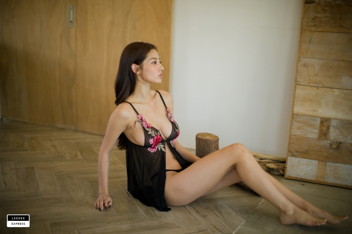 Gsu Floral bikini Black bikini Korean gravure model043