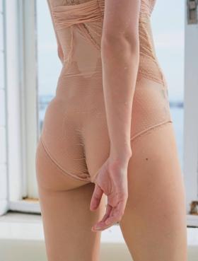 Rio Uchida swimsuit gravureThe biggest undressing in history005
