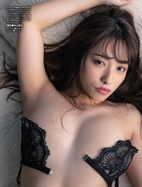 Mizuki Takanashi with a healthy body008