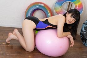 Hinako Tamaki Swimming Race Swimsuit Images Black speedo speedo balance ball floaties002