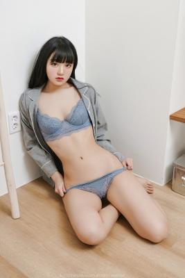 정제니 (32)