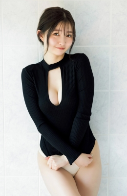 Moeka Hashimoto too cute Uber Eats delivery person and presidents daughter e010