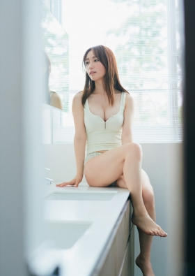 Aima Ito the legendary beauty who became the first ever Miss of Miss to win four titles004