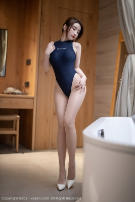 High Legged Swimsuit Image PITYSIE008