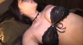 Rina Asakawa Healing Black Bikini Bet Bandeau Bikini025