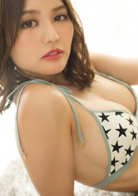 Yume Hayashi Overwhelming proportions that look like a figure051
