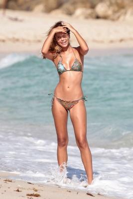 Sandra Kubicka Polish model model with great style swimsuit bikini004