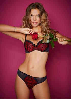 Sandra Kubicka Polish model model with great style swimsuit bikini010