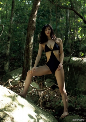 The erotic body of Kazusa Okuyama, Japans most successful actress011