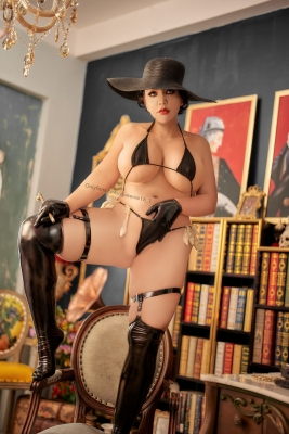 Ultrasmall String Bikini Black Black Orcina Domitrescu Resident Evil Village Cosplay009