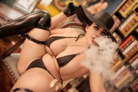 Ultrasmall String Bikini Black Black Orcina Domitrescu Resident Evil Village Cosplay014