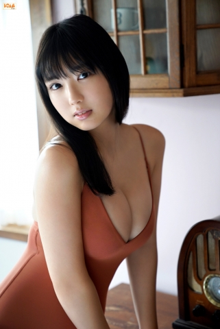 Aika Sawaguchithe new queen of gravure at 16 Im so excited002