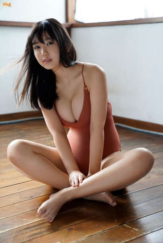Aika Sawaguchithe new queen of gravure at 16 Im so excited020